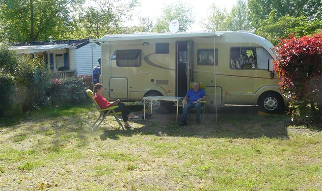 aire camping car biscarrosse